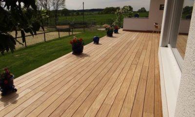 Terrassendielen aus Holz pflegen