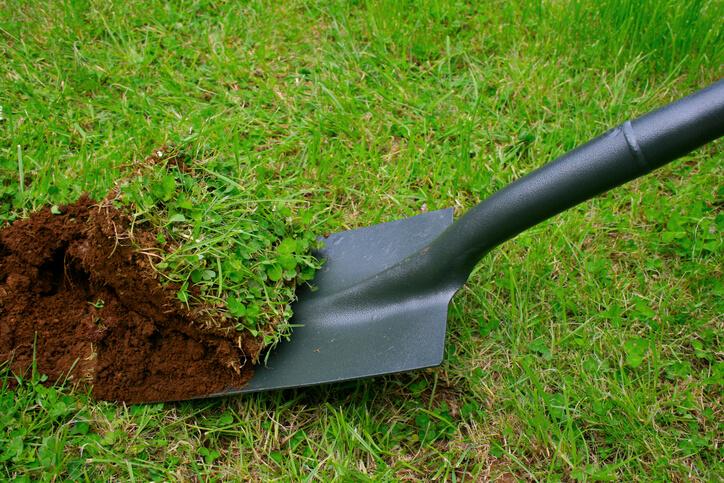 Anleitung 1 Rasen mit Saatgut neu anlegen