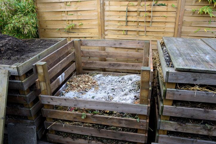 Schritt für Schritt zum umgesetzten Komposthaufen